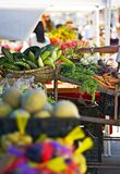 Rolnicy Wprowadzać na rynek budka Zdjęcia Royalty Free
