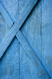 Rolny błękitny malujący drzwiowy drewniany tło Zdjęcia Stock