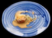 Rolo da galinha com os espinafres e o aipo cozido, isolados Imagem de Stock