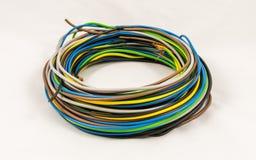 Rolo de cabos bondes coloridos imagens de stock