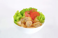 Rolo de mola tailandês e salada fresca Fotos de Stock