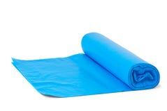 Rolo de sacos de lixo plásticos azuis Foto de Stock