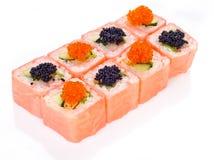 Rolo de sushi cor-de-rosa bonito Fotos de Stock Royalty Free
