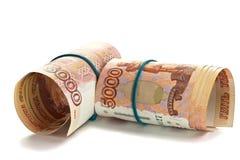 Rolo do dinheiro do russo com faixa de borracha Fotografia de Stock
