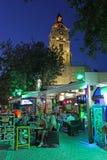 Roloi钟楼在罗得岛老镇在夜之前 希腊 免版税库存图片