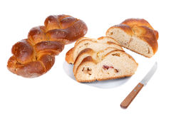 Rolos caseiros do pão feitos do trigo e das sementes. Imagem de Stock