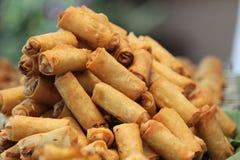 Rolos de mola fritados Imagens de Stock