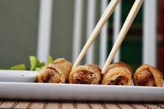 Rolos de mola fritados Fotografia de Stock Royalty Free