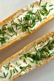 Rolos de pão com os cebolinhos diagonais Fotos de Stock Royalty Free
