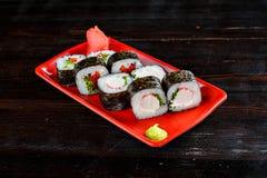 Rolos de sushi ajustados imagens de stock royalty free
