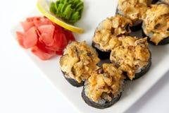 Rolos de sushi cozidos Foto de Stock