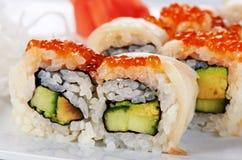 Rolos de sushi japoneses fotografia de stock royalty free