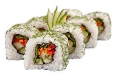 Rolos de sushi japoneses no fundo branco Fotos de Stock Royalty Free