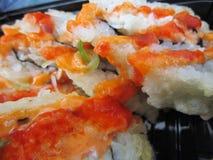 Rolos de sushi japoneses quentes e picantes Fotos de Stock Royalty Free