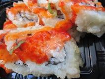 Rolos de sushi japoneses quentes e picantes Foto de Stock Royalty Free