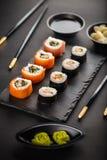 Rolos do grupo do sushi Imagens de Stock
