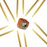 Rolos do sushi isolados no fundo branco Imagens de Stock