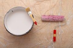 Rolownik i muśnięcie dla malować z farbą Obrazów akcesoria przygotowywający dla malować obrazy stock