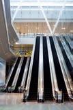 Roltrap bij Changi Luchthaven Royalty-vrije Stock Foto's
