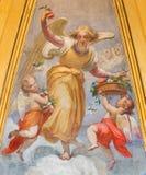 Rom - фреска ангелов с цветками в Томасе часовни Villanova бортовой неизвестным художником 19 cnet в Базилике di Sant Agosti Стоковое Фото