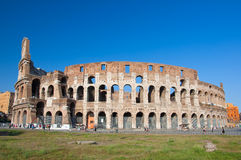 ROM 8. AUGUST: Das Colosseum 8,2013 im August in Rom, Italien. Lizenzfreies Stockfoto
