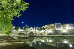 Rom- - Castel-Heiliges Angelo nachts, Italien Stockfotos