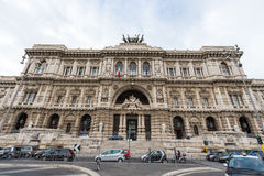 Rom - die Fassade des Palastes von Gerechtigkeit - Palazzo di Giustizia Stockfotografie