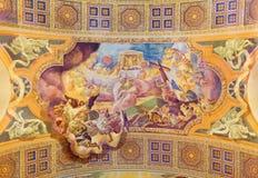 ROM, ITALIEN: Angebot des Opfers des Körpers und des Bluts Christus-Freskos auf Wölbung von Kirche Basilikadi Santa Maria Ausilia Lizenzfreie Stockfotos