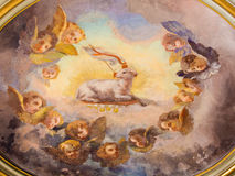 ROM, ITALIEN: Das Lamm des Gottfreskos in der Kuppel der Kapelle der Annahme in den Kirche Basilikadi Santi Giovanni e Paolo Lizenzfreie Stockfotografie