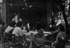 Rom, Italien 1937 - einige Mädchen nehmen an einer Theatershow im Freien teil stockfotos