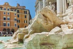 ROM, ITALIEN - 23. JUNI 2017: Erstaunliche Ansicht von Trevi-Brunnen Fontana di Trevi in der Stadt von Rom Stockfotos