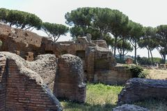 ROM, ITALIEN - 24. JUNI 2017: Panoramablick von Ruinen in Palatine-Hügel in der Stadt von Rom Lizenzfreies Stockfoto