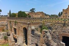 ROM, ITALIEN - 24. JUNI 2017: Panoramablick von Ruinen in Palatine-Hügel in der Stadt von Rom Stockbild