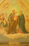 ROM, ITALIEN - 10. MÄRZ 2016: Die Malerei der heiligen Familie in den Kirche Basilikadi Santa Maria Ausiliatrice durch unbekannte Lizenzfreie Stockfotos