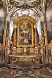 Rom-Kircheninnenraum lizenzfreie stockbilder