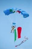 rom 6. November 2011 Italienischer Armeefallschirmjäger Lizenzfreie Stockbilder