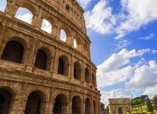Romański Colosseum W słonecznym dniu fotografia stock