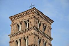 Romański Kościelny Dzwonkowy wierza Zdjęcia Royalty Free