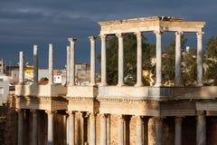 Romański Theatre w pogodnym ranku przy Merida Zdjęcia Stock