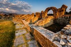 Romańskie Ampitheater ruiny w Antycznym miasteczku Salona Fotografia Royalty Free