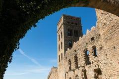 Romańszczyzny opactwo Sant Pere De Rodes w zarządzie miasta, fotografia stock