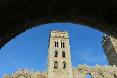 Romańszczyzny opactwo Sant Pere De Rodes w zarządzie miasta, obraz royalty free
