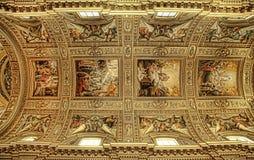 ROMA, ИТАЛИЯ, 11-ОЕ АПРЕЛЯ 2016: Фреска в куполке церков Стоковое фото RF
