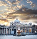 Roma con Vatican, Italia Imagen de archivo libre de regalías