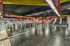 ROMA - 20 DE MAYO DE 2014: Interior del subterráneo de la ciudad La ciudad es visite Foto de archivo libre de regalías