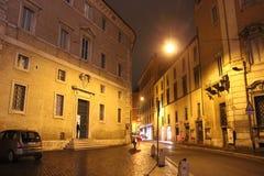 Roma esta noche imagenes de archivo