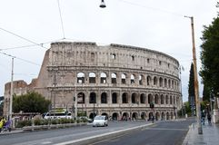 Roma, Itália - 1º de maio de 2018: Anfiteatro de Colosseo em Roma, Itália Monumento histórico e arquitetura de construção a fotografia de stock royalty free
