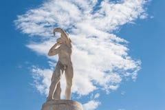 Roma, Itália - 6 de agosto de 2016 Estátua do embocador de tiro no estádio de Imagens de Stock Royalty Free