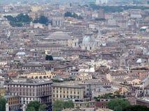 ROMA, ITÁLIA, EUROPA, TELHADOS DAS CASAS imagem de stock