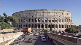 ROMA, ITALIA - CIRCA maggio 2018: Panorama di Colosseum a Roma, Italia Colosseo antico dell'anfiteatro video d archivio